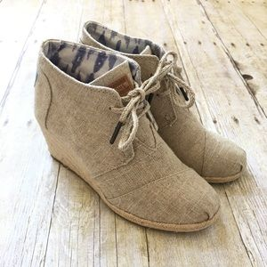 Toms Desert Burlap Wedge Booties